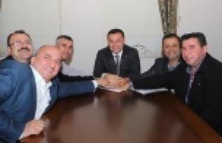 Başkan Yücel'den belediye işçilerine müjde
