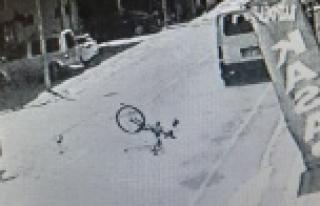17 yaşındaki sürücünün çarptığı bisikletli...