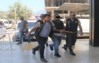Alanya'da silahla adam öldüren şüpheli adliyede