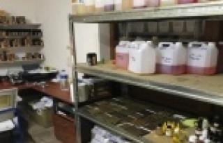 Kaçak elektronik sigara imalathanesi ele geçirildi