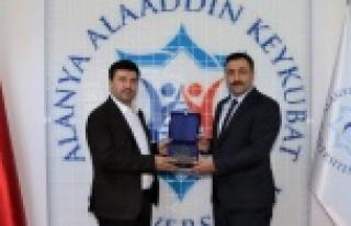 Rektörlerden Kalan'a destek sürüyor