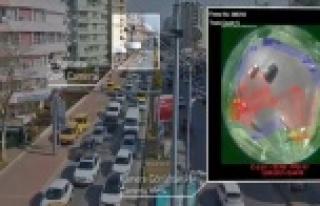 Büyükşehir'den trafiğe 'Akıllı Kavşak'...