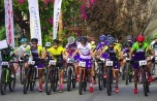 Alanya'da Uluslararası Dağ Bisiklet Yarışları...
