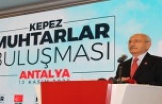 Kılıçdaroğlu, muhtarlarla buluştu