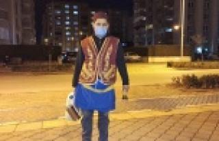 Koronavirüse karşı bozacılar sokakta