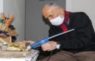 Antalya'da 88'lik Mehmet dedenin yaptığı eserleri...