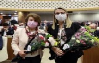 ATB'den büyükşehir meclis üyelerine çiçek
