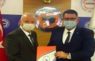 Başkan Demir, esnafın taleplerini iletti