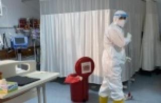 Pandemiyle savaşın gizli kahramanı, fedakar sağlıkçıları...