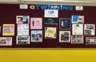 Alanya'da eTwinning projesi Türk, Azeri ve Rumen...