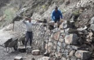 Alanya'da mezarlık onarımı