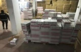 Antalya'da 977 bin adet gümrük kaçağı cerrahi...