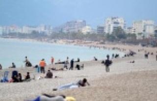 Antalya'nın korona tedbirlerine yeni güncelleme