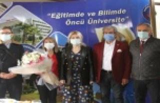 """AÜ Rektörü Özlenen Özkan: """"Yeni normalleşme..."""
