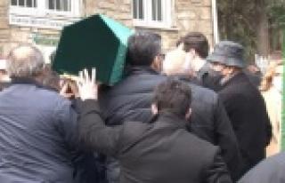 Cenaze töreninde ilginç anlar: 20 yıllık borcunu...