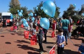 CHP Ahmet bebek için mavi balon uçurdu