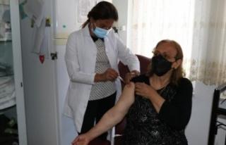 İran'da olamadığı korona virüs aşısını...