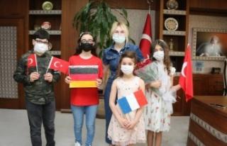 Rektör Özkan AÜ devlet konservatuvarı öğrencilerini...
