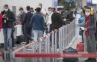Türkiye'ye rezervasyon yapan Rus turistlerin...