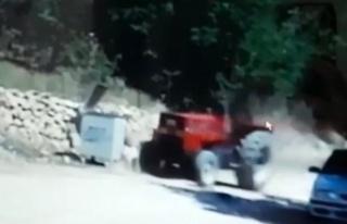 Ailesine yardım için geldi, traktörün altında...