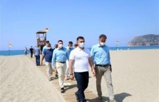 Alanya Mavi Bayraklı plaj sayısıyla Antalya'da...