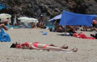 Alanya'nın keyfini kısıtlamadan muaf turistler...