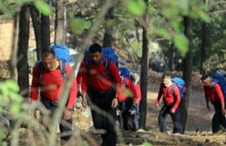 Arama kurtarma ekipleri Ukraynalı kayıp kadın dağcı...