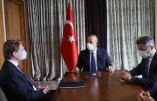 Çavuşoğlu: Alman turistleri Türkiye'ye bekliyoruz