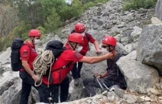 Kayıp turist jandarma tarafından kurtarıldı