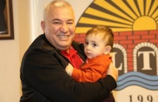 Şahin, Ahmet bebek için 1 Milyon TL bağışladı