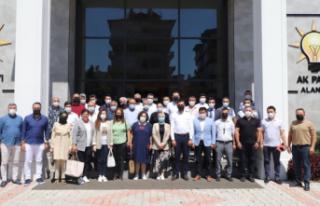 AK Parti Alanya'dan Ahmet Bebeğe destek kermesi