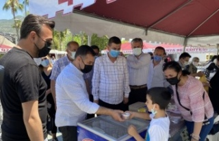 Ak Parti'den Ahmet bebeğe destek kermesi