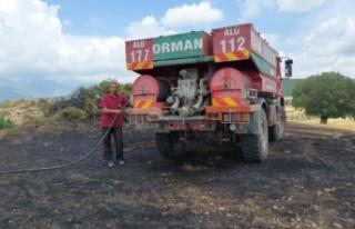 Antalya'da anız yangınında 20 dönüm tarım...