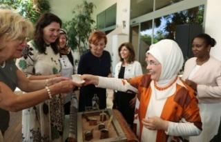 Emine Erdoğan, Antalya Diplomasi Forumu'na katılan...