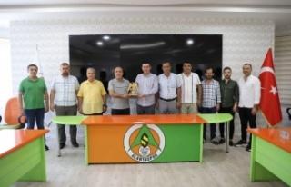 MHP'den Çavuşoğlu'na hayırlı olsun ziyareti