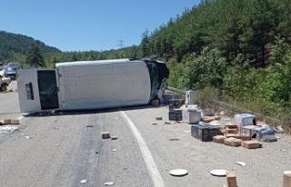 Adana'da düğün yolunda feci kaza: 5 ölü,...