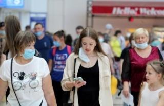 Antalya'ya hafta sonu 683 uçakla 128 bin turist...