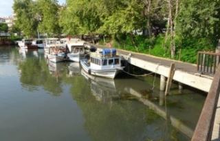 Manavgat Irmağına karışan kanalizasyon Sahil Güvenlik...
