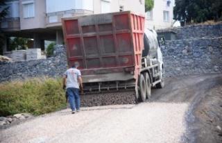 Alanya Belediyesi'nden doğu mahallelerine asfalt...