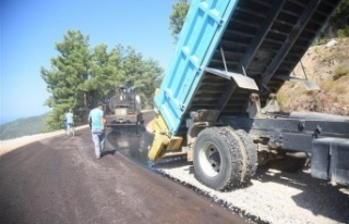 Alanya Belediyesi'nin asfalt çalışmaları...