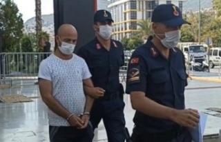 Alanya'da kadınları taciz eden cinci hoca tutuklandı