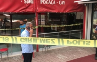 Antalya'da pompalı tüfekli kuyumcu soygunu