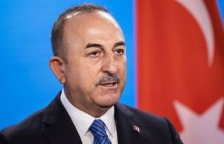 """Bakan Çavuşoğlu: """"Yangınla mücadelede en büyük..."""