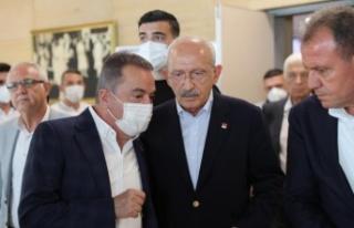 Başkan Böcek CHP'li Büyükşehir Belediye Başkanları...
