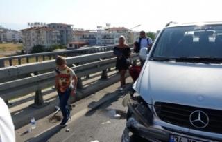 Ehliyetine el konulduğu halde yola çıktı minibüsle...