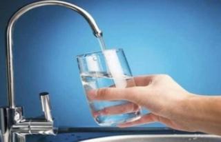 Günde en az iki buçuk litre su tüketilmeli
