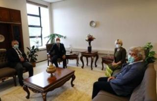 Rektör Özkan, YÖK Başkanı Özvar ile bir araya...