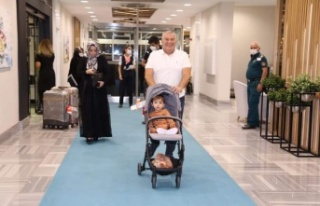 ABD'de tedavisi tamamlanan Ahmet bebek Alanya'ya...