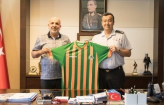 Başkan Çavuşoğlu'ndan Özfidan'a hayırlı...
