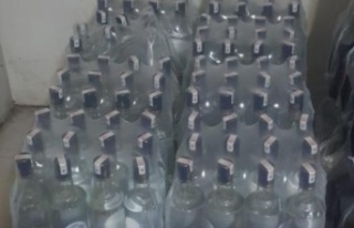 Otelde 332 litre kaçak içki ele geçirildi